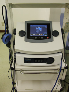 総合電気刺激治療装置